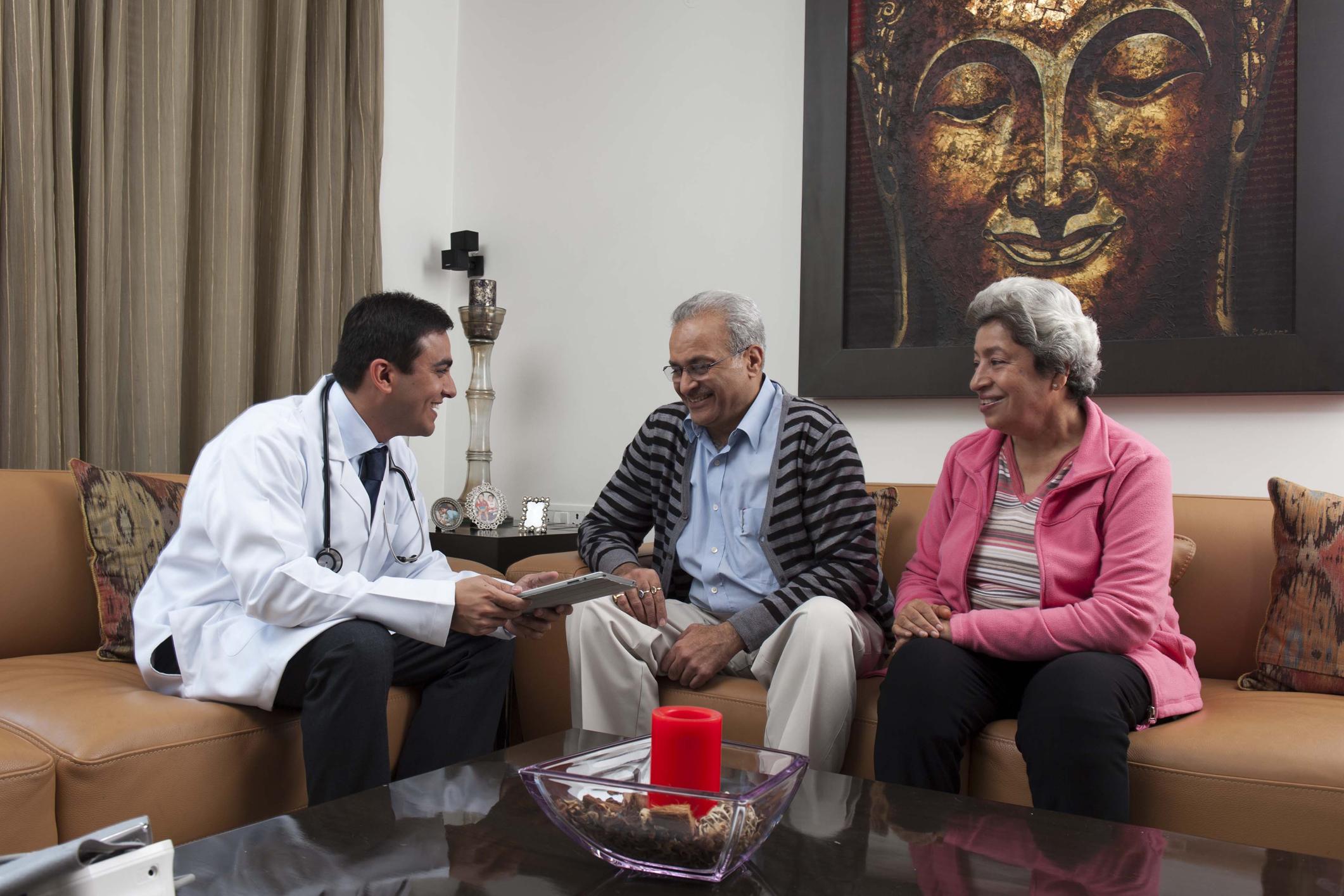 ویزیت دکتر در منزل